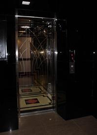 Лифт гостиницы